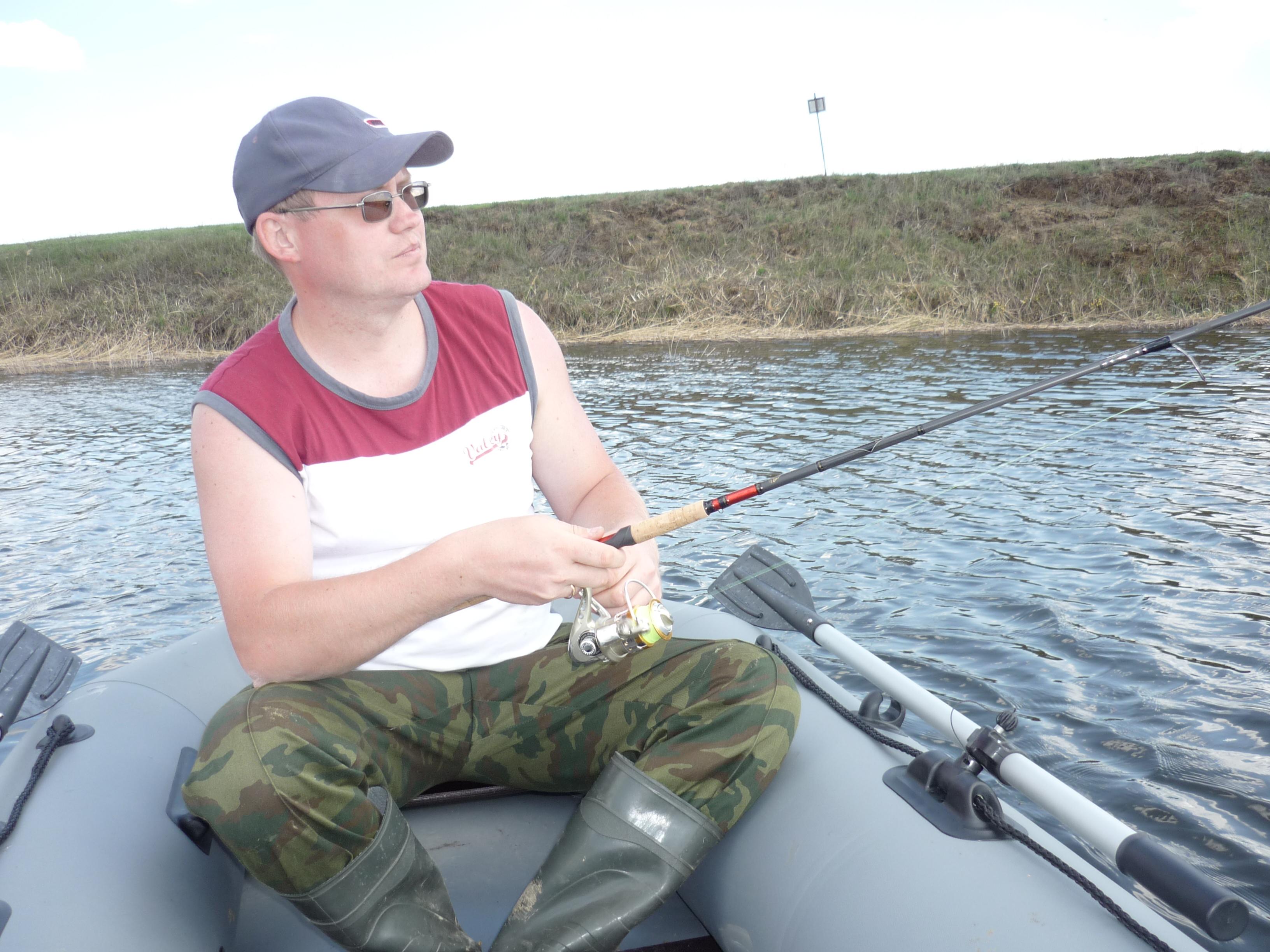 Ловить с лодки F280 одно удовольствие
